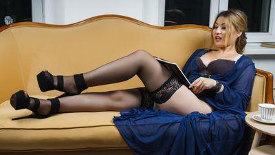 Seina Wei - Escort Girl