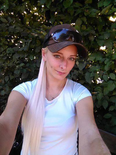 Shy Blondi - Escort Girl