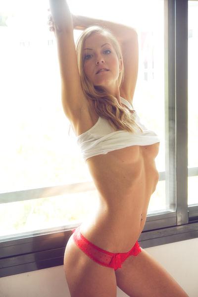 Amanda Beckett - Escort Girl