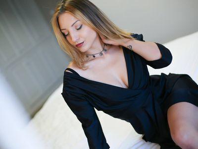Brenda Aniston - Escort Girl