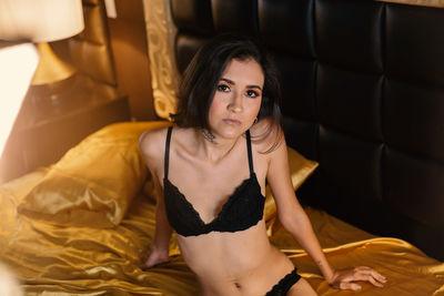 Veronica Lodgee - Escort Girl