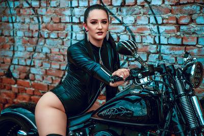 Xanndra Joy - Escort Girl