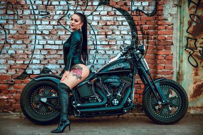 Vickie Volten - Escort Girl