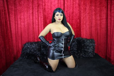 Victoria Sanin - Escort Girl