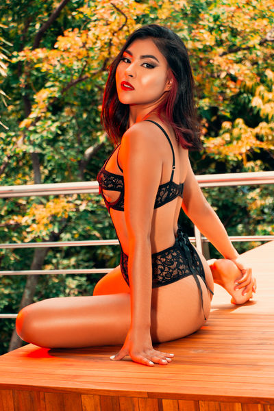 Violeta Sandler - Escort Girl