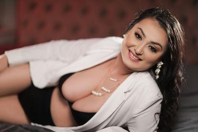 Yvone Rey - Escort Girl
