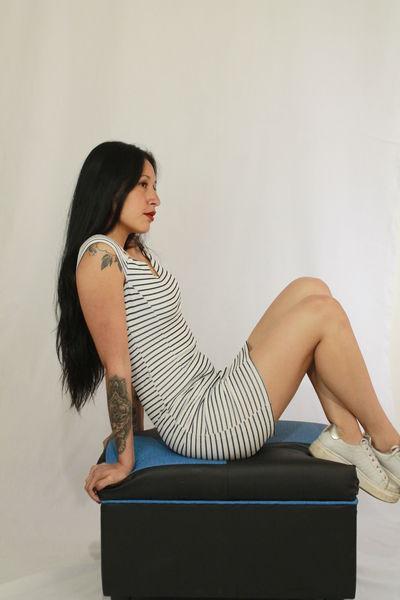 isalatinco - Escort Girl