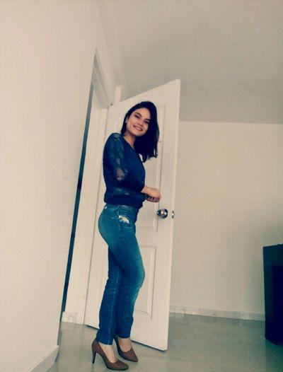 lisa Born - Escort Girl
