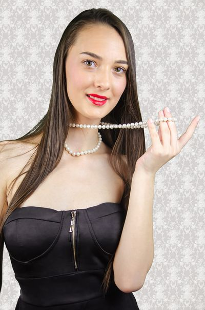Mari Pearl - Escort Girl